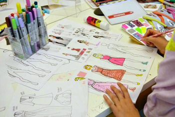 What Trainings Does One Need To Undergo As A College Graduate Which Will Be Effective In The Long Run As A Fashion Designer